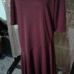 Ra Ju Dresses - NWOT Ra Ju Maroon Shift Dress SZ M/L